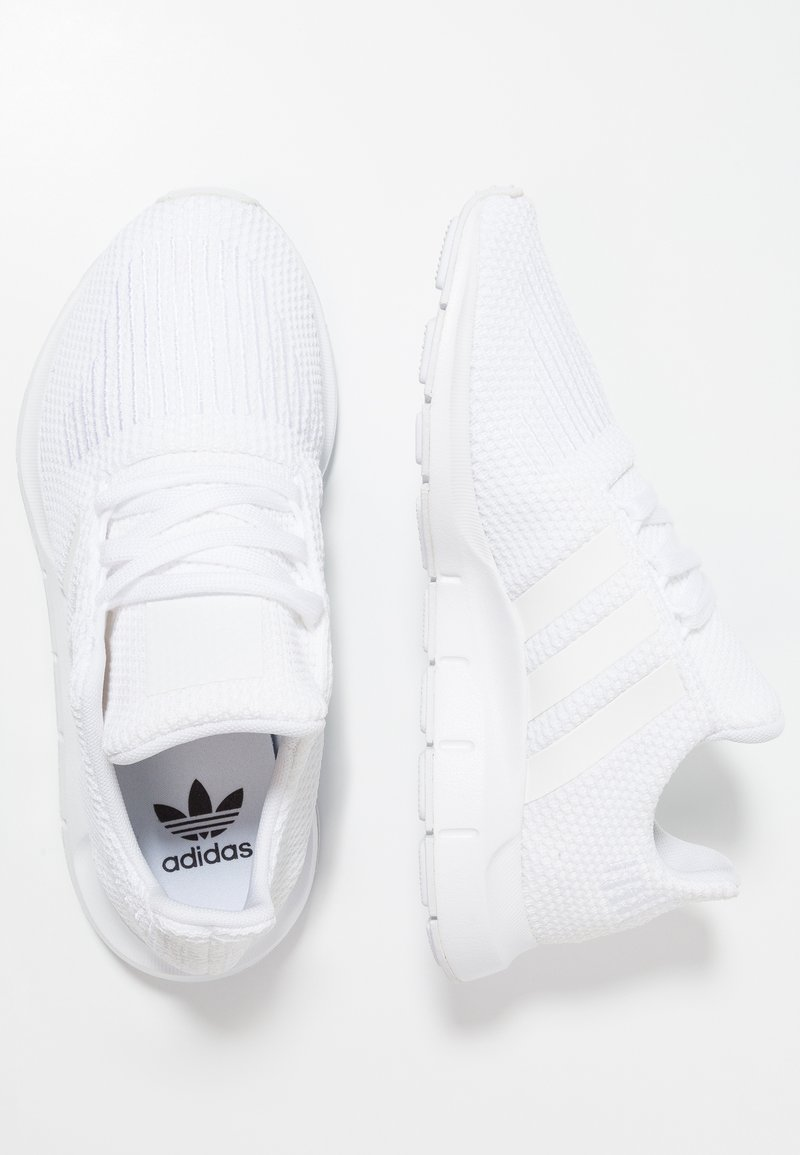 adidas Originals - SWIFT RUN - Joggesko - footwear white
