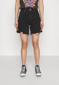 Levi's® - 501® MID THIGH SHORT - Short en jean - lunar black - 0