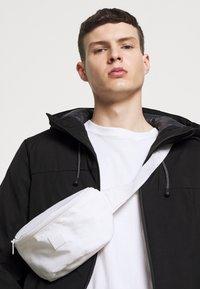 Jack & Jones - CODEXTER  - Light jacket - black - 3