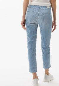 BRAX - STYLE CARO  - Slim fit jeans - used light blue - 2