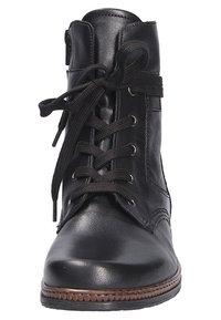 Gabor - Ankle boots - schwarzcognac (27) - 5