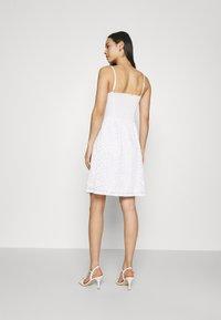ONLY - ONLNEW ALBA SMOCK MIX DRESS - Cocktail dress / Party dress - bright white - 2