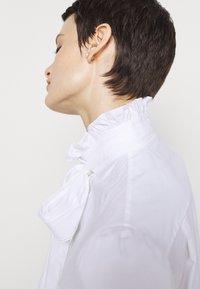 Alberta Ferretti - CAMICIA - Button-down blouse - white - 3