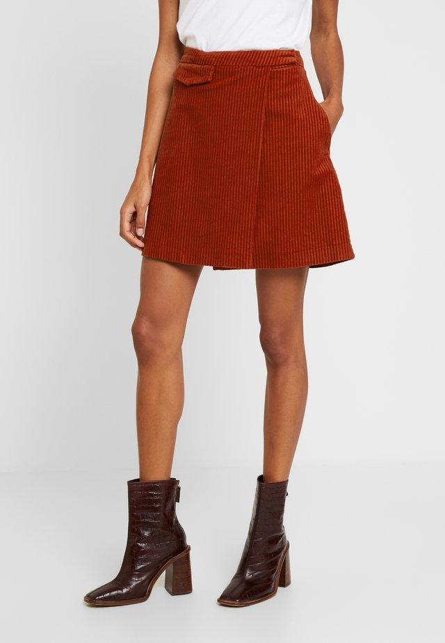 PENNY SKIRT - Wrap skirt - rust red