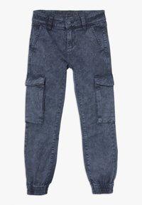 s.Oliver - Pantalones cargo - dark blue - 0