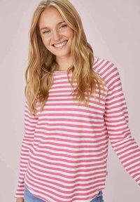 Lieblingsstück - CATHRINAEP - Long sleeved top - pink - 0