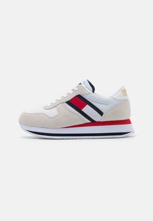 FLATFORM RUNNER - Trainers - white