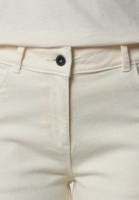 Napapijri - Denim shorts - new milk - 5