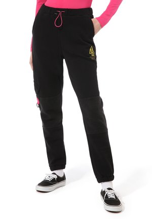 WM 66 SUPPLY SWEATPANT - Pantalones - black