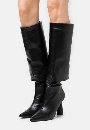 PIA - Boots - black