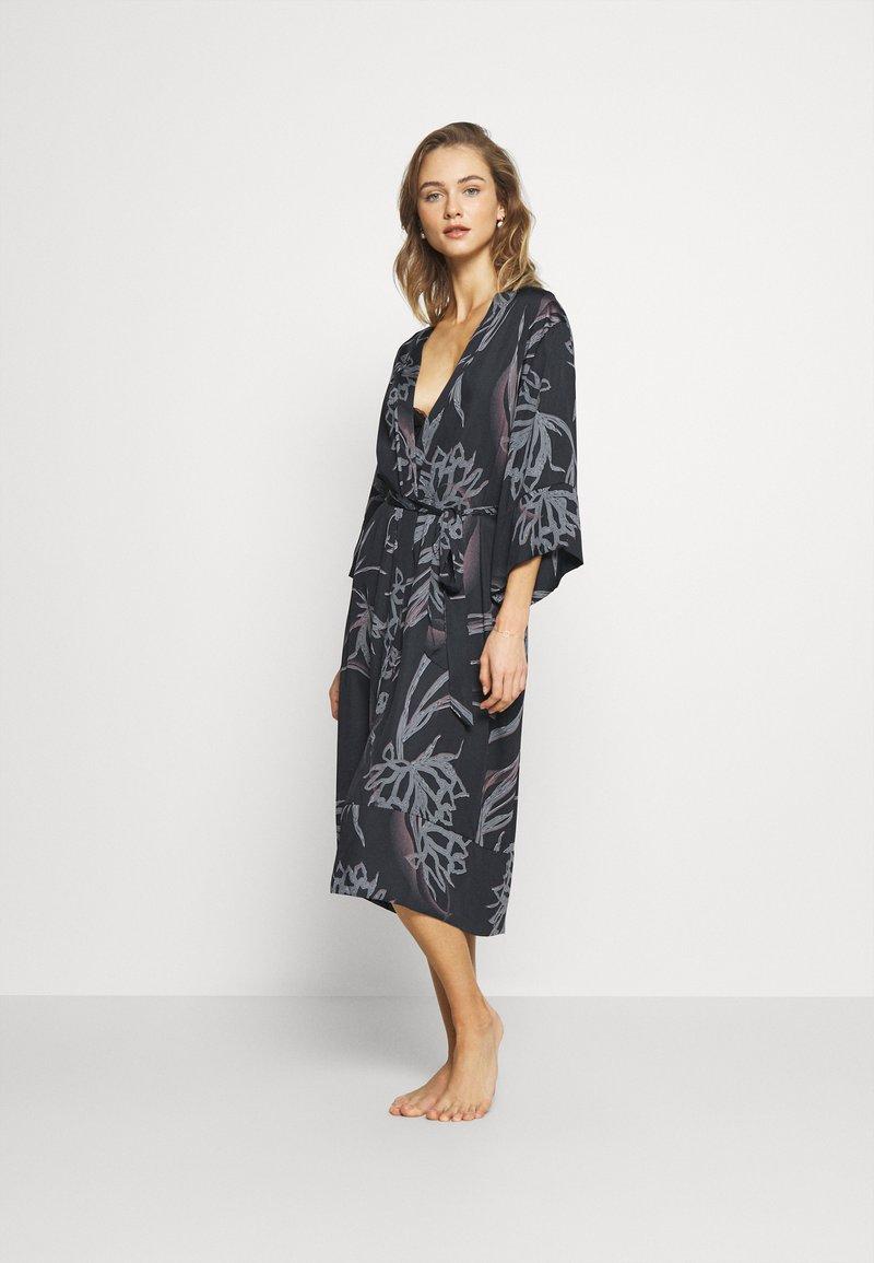 DORINA - DOLCE - Dressing gown - black