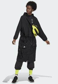 adidas Performance - Three-in-One PARKA SPORTS LOOSE JACKET - Parka - black - 8