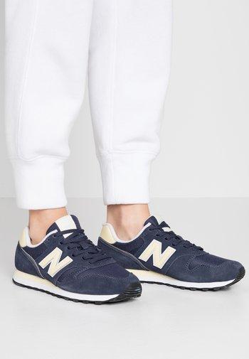 WL373 - Sneakers - navy