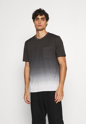 ESSENTIAL TEE - T-shirt con stampa - dark blue/white