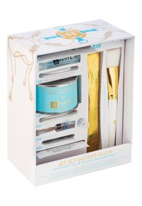 Haute Custom Beauty - JET SET INSTANT GLOW RECOVERY - Kit skincare - -