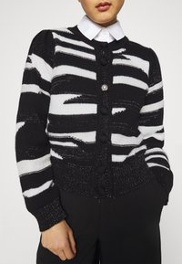 Liu Jo Jeans - MAGLIA CHIUSA  - Cardigan - black/white - 3