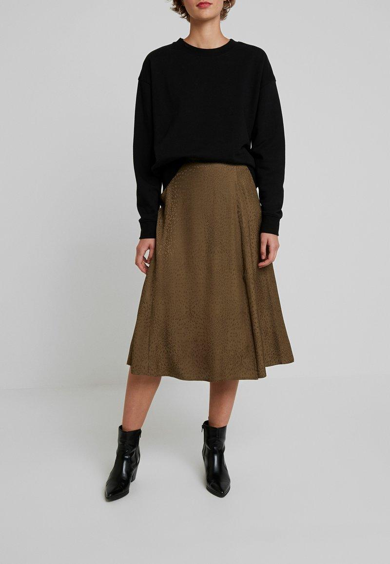 Gestuz - IRINA SKIRT - Maxi sukně - dark olive