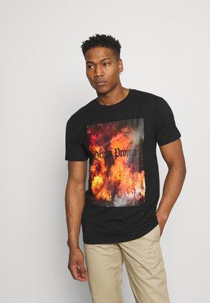 TREE TEE - T-shirt z nadrukiem - black