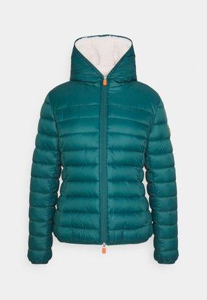 GIGA GWEN - Winter jacket - evergreen