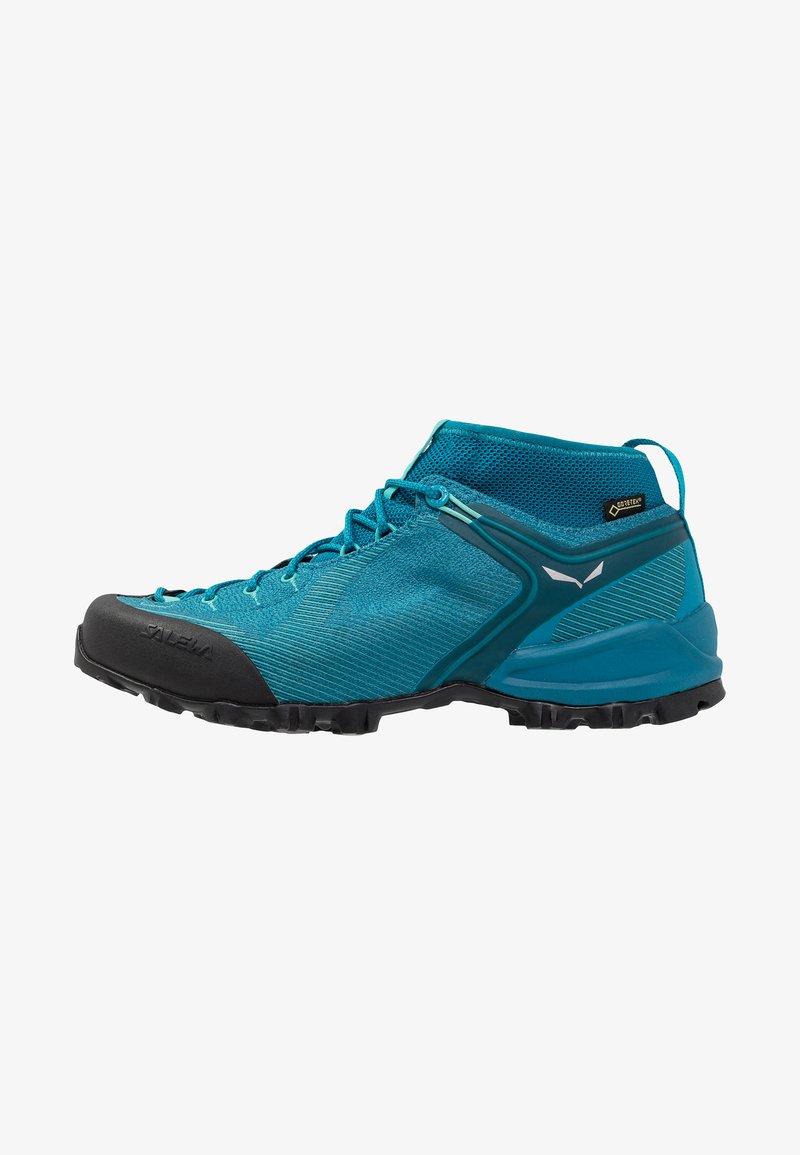 Salewa - ALPENVIOLET GTX - Climbing shoes - malta/lagoon green