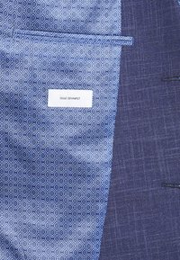 Isaac Dewhirst - TEXTURE SUIT - Completo - blue - 9