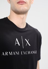 Armani Exchange - T-shirts print - black - 3