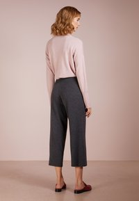 pure cashmere - LOOSE FIT PANTS - Trousers - graphite - 2