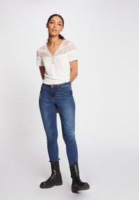 Morgan - DIETER - Basic T-shirt - off-white - 1