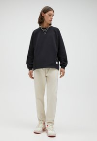 PULL&BEAR - STANDARD  - Straight leg jeans - beige - 1