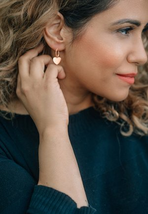 CREOLE CORDIS POLIERT - Earrings - rosegoldfarben