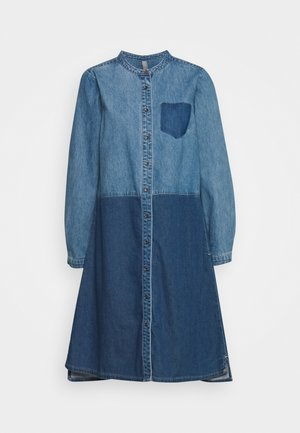 CUPAOLA DRESS - Denim dress - medium blue wash