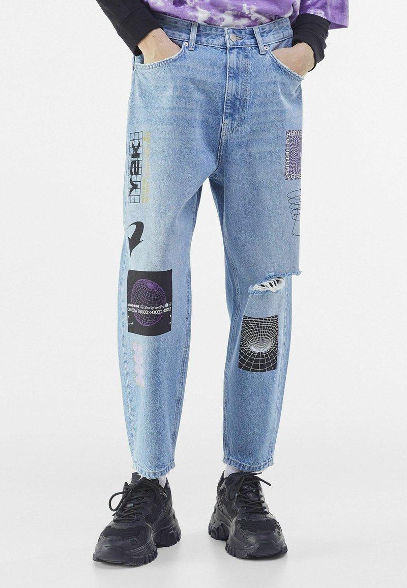Bershka - Zúžené džíny - blue denim