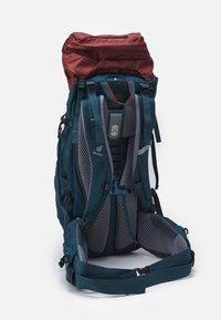 Deuter - AIRCONTACT LITE 40 + 10 UNISEX - Hiking rucksack - redwood/arctic - 2