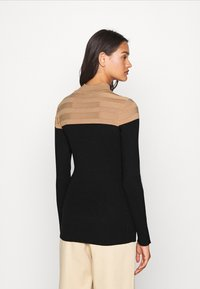 Morgan - MICO - Pullover - camel/noir - 2