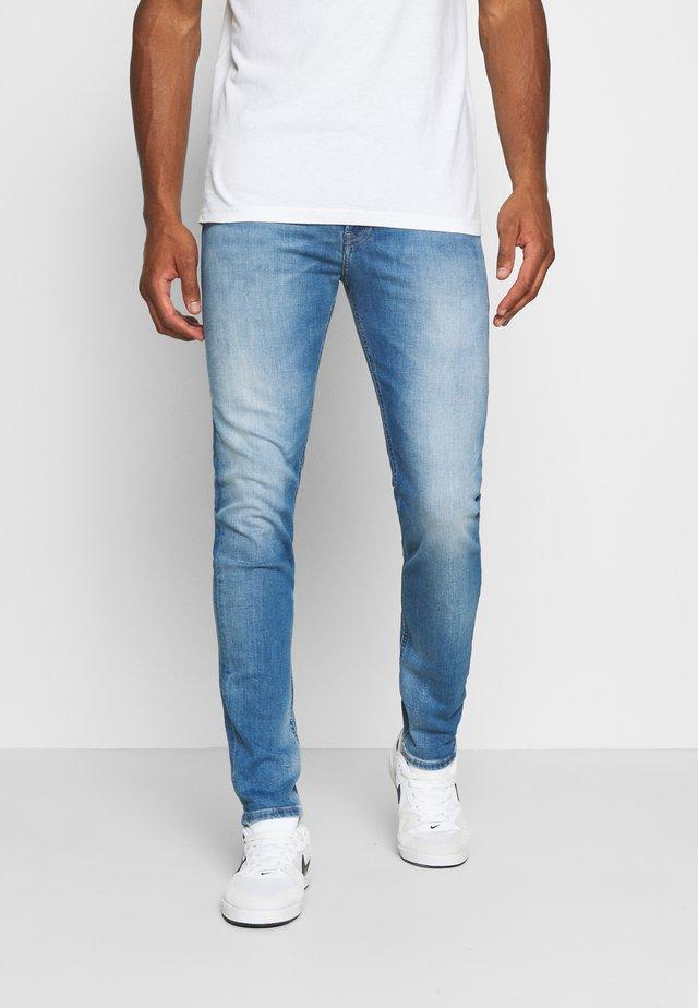 SIMON SKINNY - Jeans Skinny Fit - corry mid blue stretch