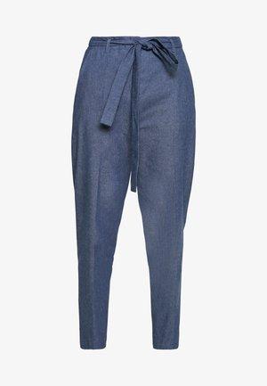 HACIA - Kalhoty - open blue