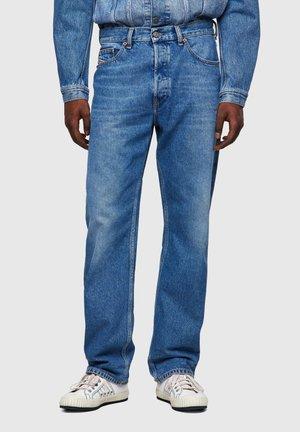 D MACS MG - Jeans a sigaretta - medium blue