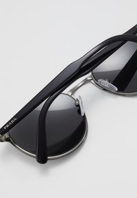 Prada - Zonnebril - black/ grey - 4