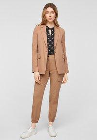 comma casual identity - Cargo trousers - caramel - 1