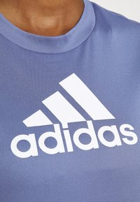 adidas Performance - Camiseta estampada - orbit violet/white - 5