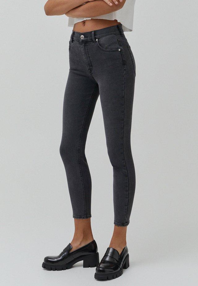 Skinny džíny - dark grey