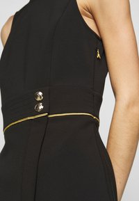 Patrizia Pepe - GOLD BUTTON DRESS - Robe d'été - nero - 5