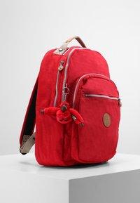 Kipling - CLAS SEOUL - Rucksack - true red c - 4