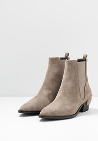 Kennel + Schmenger - ROCKY - Classic ankle boots - pebble - 4