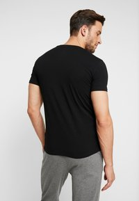 Diesel - 3 PACK - Pyjama top - grey/black/white - 2