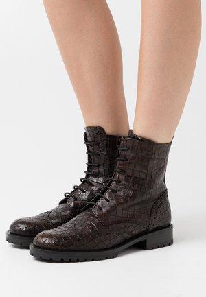 GERUSALEMME - Šněrovací kotníkové boty - marrone