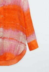 Massimo Dutti - REINEM RAMIE - Button-down blouse - red - 3