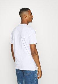 YOURTURN - UNISEX - T-shirt imprimé - white - 2
