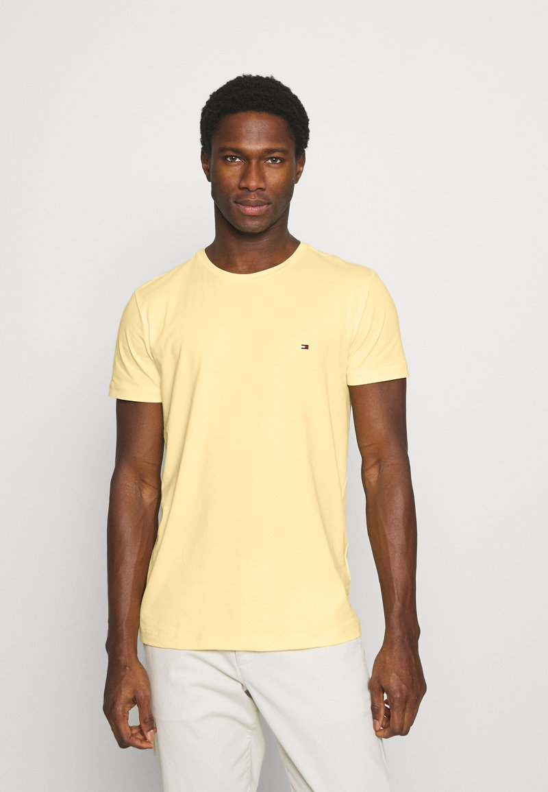 Tommy Hilfiger - STRETCH SLIM FIT TEE - T-shirt - bas - delicate yellow