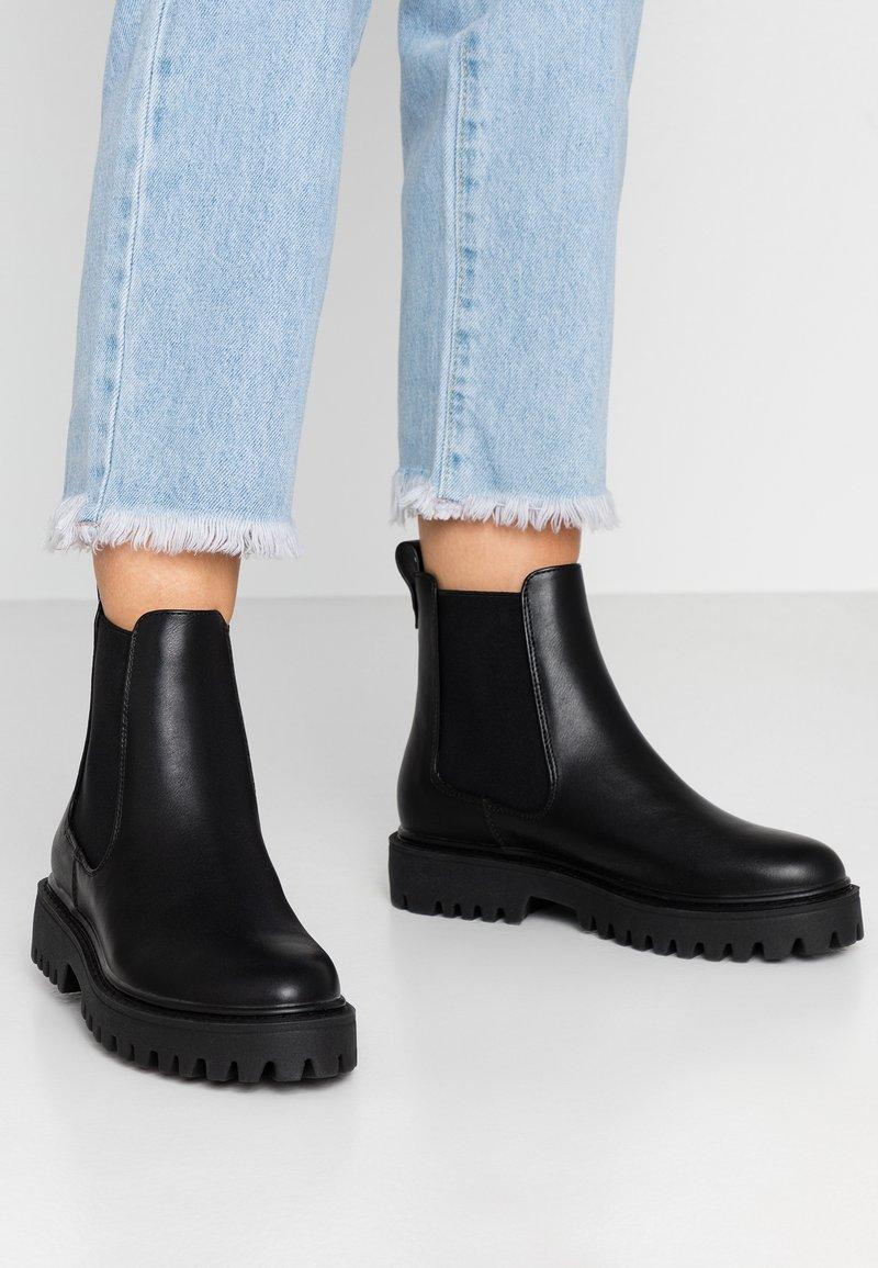 Even&Odd Wide Fit - WIDE FIT - Platform ankle boots - black